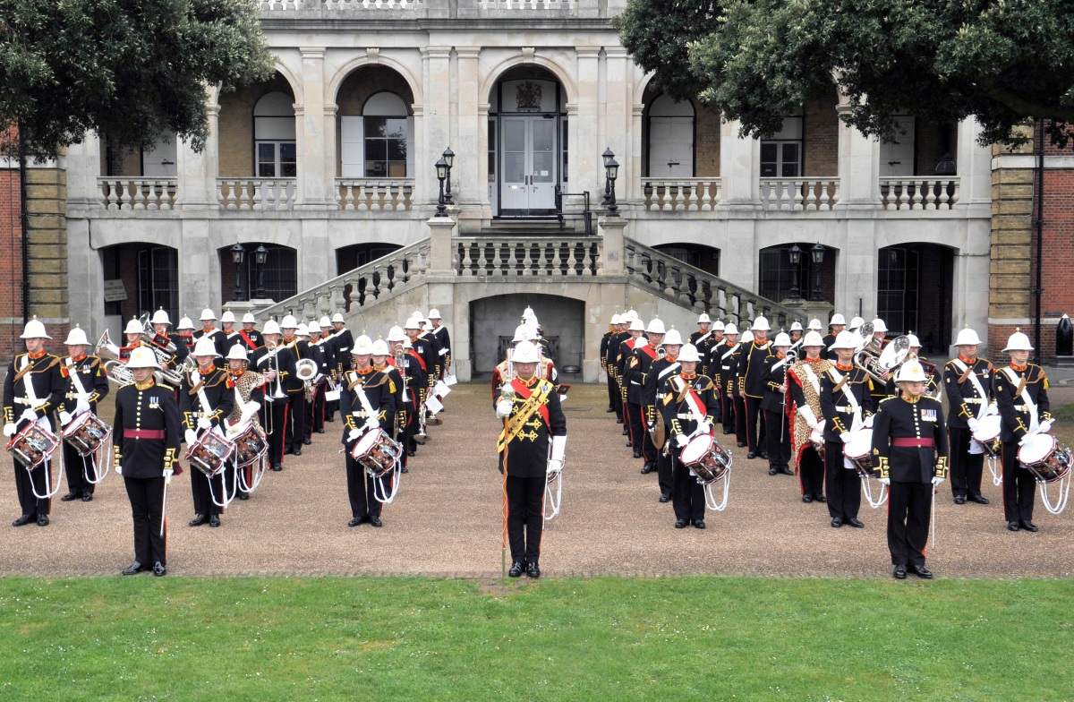 hier klicken - Band of Her Majesty's Royal Marines